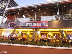 pete rose restaurant