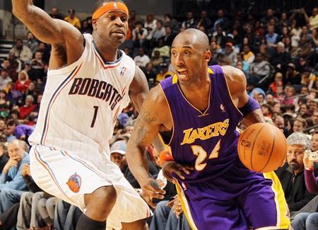 LakersBobcats021411PR