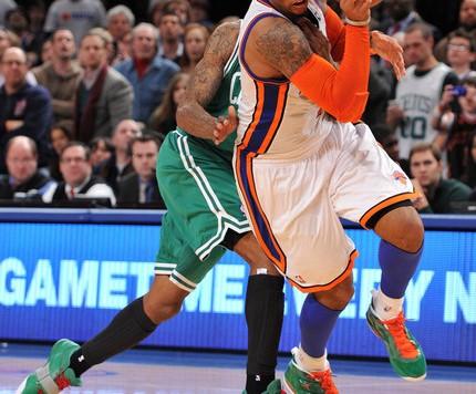 CarmeloAnthonyKnicks_Celtics010413