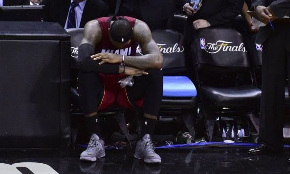 lebron james sitting on bench 2014 nba finals game 1