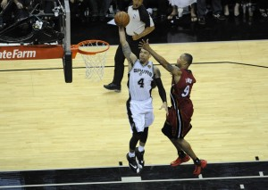 danny green dunks over rashard lewis 2014 nba finals game 1