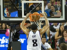 sacramento kings rudy gay dunks