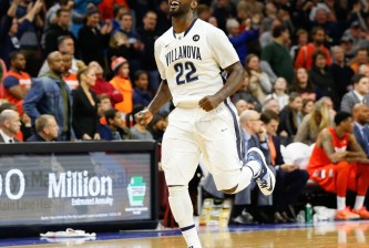 jayvaughn pinkston celebrates vs syracuse