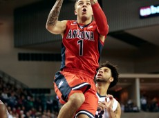 SPOKANE, WA - DECEMBER 05:  Gabe York #1 of the Arizona Wildcats goes to the basket against the Gonzaga Bulldogs in the first half at McCarthey Athletic Center on December 5, 2015 in Spokane, Washington.  (Photo by William Mancebo/Getty Images)