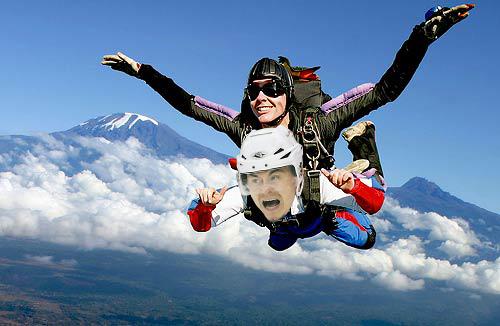 Huds_skydive