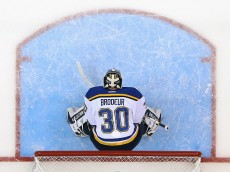 UNIONDALE, NY - DECEMBER 06:  Martin Brodeur #30 of the St. Louis Blues tends net against the New York Islanders at the Nassau Veterans Memorial Coliseum on December 6, 2014 in Uniondale, New York. The Blues defeated the Islanders 6-4.  (Photo by Bruce Bennett/Getty Images)