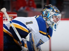 GLENDALE, AZ - JANUARY 06:  Goaltender Brian Elliott #1 of the St. Louis Blues in action during the NHL game against the Arizona Coyotes at Gila River Arena on January 6, 2015 in Glendale, Arizona. The Blues defeated the Coyotes 6-0.  (Photo by Christian Petersen/Getty Images)