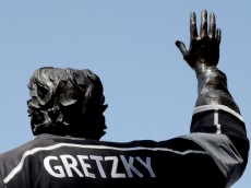 LOS ANGELES, CA - JUNE 07:  The Wayne Gretzky statue is seen outside Staples Center before the Los Angeles Kings take on the New York Rangers in Game Two of the 2014 NHL Stanley Cup Final on June 7, 2014 in Los Angeles, California.  (Photo by Kevork Djansezian/Getty Images)