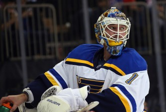 NEW YORK, NY - NOVEMBER 12: Brian Elliott #1 of the St. Louis Blues tends net against the New York Rangers at Madison Square Garden on November 12, 2015 in New York City. The Rangers defeated the Blues 6-3.  (Photo by Bruce Bennett/Getty Images)