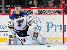NEWARK, NJ - NOVEMBER 10:  Jake Allen #34 of the St. Louis Blues stops a shot in the third period against the New Jersey Devils on November 10, 2015 at the Prudential Center in Newark, New Jersey.The St. Louis Blues defeated the New Jersey Devils 2-0.  (Photo by Elsa/Getty Images)