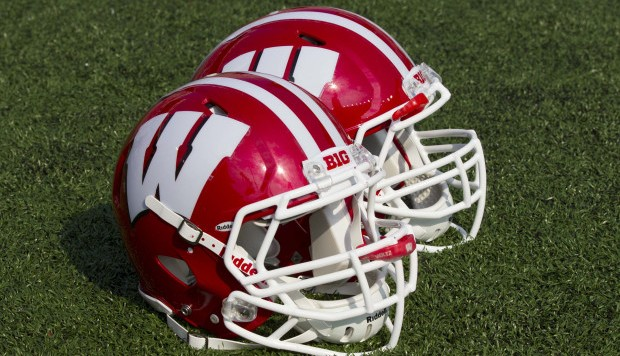 NCAA Football: Tennessee Tech at Wisconsin