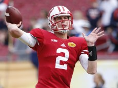 TAMPA, FL - JANUARY 1:  Quarterback Joel Stave #2 of the Wisconsin Badgers warms up before the start of the Outback Bowl against the Auburn Tigers on January 1, 2015 at Raymond James Stadium in Tampa, Florida.  (Photo by Brian Blanco/Getty Images)