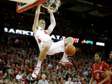 MADISON, WI - JANUARY 15: Sam Dekker #15 of the Wisconsin Badgers throw down a two handed dunk during the first half against the Nebraska Cornhuskers at Kohl Center on January 15, 2015 in Madison, Wisconsin. (Photo by Mike McGinnis/Getty Images)