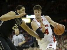 MADISON, WI - MARCH 05: Frank Kaminsky #44 of the Wisconsin Badgers drives to the hoop during the first half against the Purdue Boilermakers at Kohl Center on March 05, 2014 in Madison, Wisconsin. (Photo by Mike McGinnis/Getty Images)