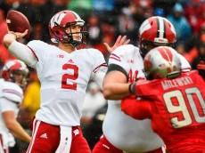 PISCATAWAY, NJ - NOVEMBER 01:  Joel Stave #2 of the Wisconsin Badgers looks for a pass in the first quarter during a game against the Rutgers Scarlet Knights at High Point Solutions Stadium on November 1, 2014 in Piscataway, New Jersey.  (Photo by Alex Goodlett/Getty Images)
