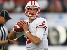 ARLINGTON, TX - SEPTEMBER 05:  Joel Stave #2 of the Wisconsin Badgers throws before the Advocare Classic against the Alabama Crimson Tide at AT&T Stadium on September 5, 2015 in Arlington, Texas.  (Photo by Ronald Martinez/Getty Images)
