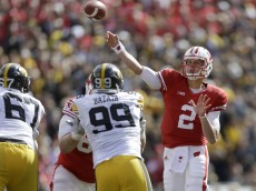 MADISON, WI - OCTOBER 03: Joel Stave #2 of the Wisconsin Badgers drops back and passes the football during the second half against the Iowa Hawkeyes at Camp Randall Stadium on October 03, 2015 in Madison, Wisconsin. (Photo by Mike McGinnis/Getty Images)  *** Local Caption *** Joel Stave