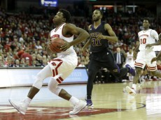 MADISON, WI - NOVEMBER 25: Khalil Iverson #21 of the Wisconsin Badgers drives to the hoop for two points during the first half against the Prairie View Panthers at Kohl Center on November 25, 2015 in Madison, Wisconsin. (Photo by Mike McGinnis/Getty Images)  *** Local Caption *** Khalil Iverson
