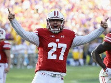 GREEN BAY, WI - SEPTEMBER 03:  Rafael Gaglianone #27 of the Wisconsin Badgers celebrates after making a 47-yard field goal during the fourth quarter to give the Wisconsin Badgers a 16-14 lead against the LSU Tigers at Lambeau Field on September 3, 2016 in Green Bay, Wisconsin.  (Photo by Jonathan Daniel/Getty Images)
