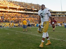 TEMPE, AZ - NOVEMBER 08:  Quarterback Everett Golson #5 of the Notre Dame Fighting Irish reacts as he walks off the field following the college football game against the Arizona State Sun Devils at Sun Devil Stadium on November 8, 2014 in Tempe, Arizona. The Sun Devils defeated the Fighting Irish 55-31. (Photo by Christian Petersen/Getty Images)