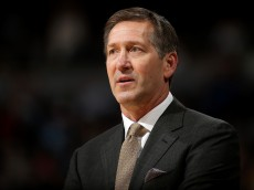 DENVER, CO - NOVEMBER 20:  Head coach Jeff Hornacek of the Phoenix Suns leads his team against the Denver Nuggets at Pepsi Center on November 20, 2015 in Denver, Colorado. The Suns defeated the Nuggets 114-107. NOTE TO USER: User expressly acknowledges and agrees that, by downloading and or using this photograph, User is consenting to the terms and conditions of the Getty Images License Agreement.  (Photo by Doug Pensinger/Getty Images)