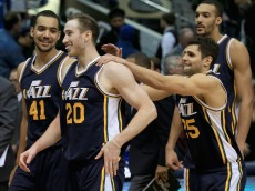 DALLAS, TX - FEBRUARY 09:  Gordon Hayward #20 of the Utah Jazz celebrates withTrey Lyles #41 of the Utah Jazz and Raul Neto #25 of the Utah Jazz after shooting the game winning basket against Zaza Pachulia #27 of the Dallas Mavericks in overtime at American Airlines Center on February 9, 2016 in Dallas, Texas. The Utah Jazz beat the Dallas Mavericks 121-119. NOTE TO USER: User expressly acknowledges and agrees that, by downloading and or using this photograph, User is consenting to the terms and conditions of the Getty Images License Agreement.  (Photo by Tom Pennington/Getty Images)
