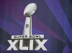 GLENDALE, AZ - JANUARY 25:  Detail of the NFL Super Bowl XLIX logo outside University of Phoenix Stadium on January 25, 2015 in Glendale, Arizona. The NFL Super Bowl XLIX will be held at the University of Phoenix Stadium on Febrauary 1, 2015.  (Photo by Christian Petersen/Getty Images)