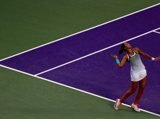 KEY BISCAYNE, FL - MARCH 30:  Madison Keys plays a match against Angelique Kerber of Germany during Day 10 of the Miami Open presented by Itau at Crandon Park Tennis Center on March 30, 2016 in Key Biscayne, Florida.  (Photo by Mike Ehrmann/Getty Images)