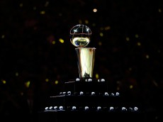 OAKLAND, CA - OCTOBER 27:  A view of the Larry O'Brien NBA Championship Trophy  and the Golden State Warriors championship rings prior to the NBA season opener against the New Orleans Pelicans at ORACLE Arena on October 27, 2015 in Oakland, California. NOTE TO USER: User expressly acknowledges and agrees that, by downloading and or using this photograph, User is consenting to the terms and conditions of the Getty Images License Agreement.  (Photo by Ezra Shaw/Getty Images)