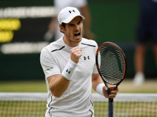 LONDON, ENGLAND - JULY 06:  Andy Murray of Great celebrates during the Men's Singles Quarter Finals match against Jo-Wilfried Tsonga of France on day nine of the Wimbledon Lawn Tennis Championships at the All England Lawn Tennis and Croquet Club on July 6, 2016 in London, England.  (Photo by Shaun Botterill/Getty Images)