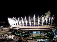 RIO DE JANEIRO, BRAZIL - AUGUST 03: Fireworks explode above the Maracana stadium during the rehearsal of the opening ceremony of the Olympic Games on August 03, 2016 in Rio de Janeiro, Brazil. Rio 2016 will be the first Olympic Games in South America. The event will take place between August 5-21. (Photo by Buda Mendes/Getty Images)