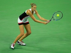 NEW YORK, NY - SEPTEMBER 08:  Karolina Pliskova of the Czech Republic returns a shot against Serena Williams of the United States during her Women's Singles Semifinal Match on Day Eleven of the 2016 US Open at the USTA Billie Jean King National Tennis Center on September 8, 2016 in the Queens borough of New York City.  (Photo by Chris Trotman/Getty Images for USTA)