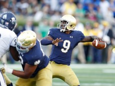 SOUTH BEND, IN - SEPTEMBER 10: Malik Zaire #9 of the Notre Dame Fighting Irish throws a pass in the second half against the Nevada Wolf Pack at Notre Dame Stadium on September 10, 2016 in South Bend, Indiana. (Photo by Joe Robbins/Getty Images)