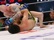 Hansen-vs-Aoki_fight