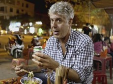 anthony-bourdain-s-12-greatest-quotes-about-drinking