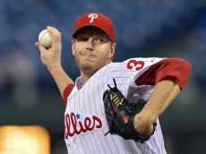 PHILADELPHIA, PA - SEPTEMBER 17: Starter Roy Halladay #34 of the Philadelphia Phillies delivers a pitch in the first inning against the Miami Marlins at Citizens Bank Park on September 17, 2013 in Philadelphia, Pennsylvania. (Photo by Drew Hallowell/Getty Images)