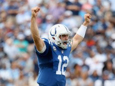 NASHVILLE, TN - SEPTEMBER 27:  Andrew Luck #12 of the Indianapolis Colts celebrates a touchdownl during the game against the Tennessee Titans at LP Field on September 27, 2015 in Nashville, Tennessee.  (Photo by Andy Lyons/Getty Images)