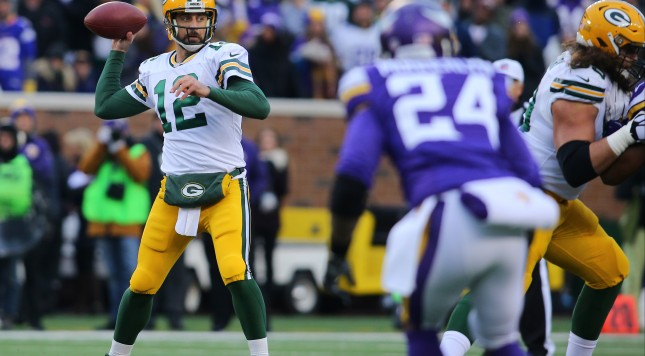 MINNEAPOLIS, MN - NOVEMBER 22:  Aaron Rodgers #12 of the Green Bay Packers throws the ball against the Minnesota Vikings in the first quarter on November 22, 2015 at TCF Bank Stadium in Minneapolis, Minnesota. (Photo by Adam Bettcher/Getty Images)