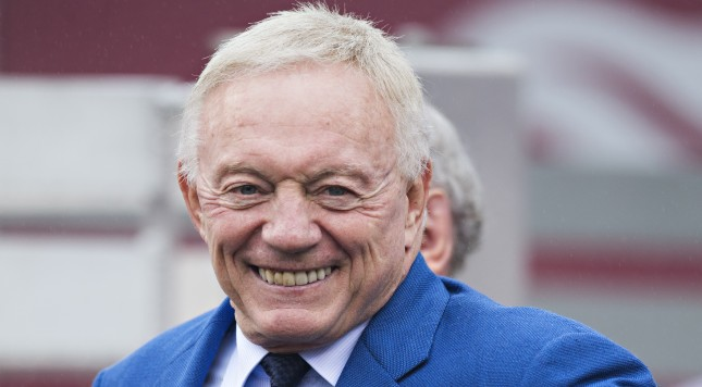 FAYETTEVILLE, AR - OCTOBER 11:  Dallas Cowboys owner Jerry Jones on the sidelines before a game between the Arkansas Razorbacks and the Alabama Crimson Tide to celebrate the 1964 Championship team at Razorback Stadium on October 11, 2014 in Fayetteville, Arkansas.  The Crimson Tide defeated the Razorbacks 14-13.  (Photo by Wesley Hitt/Getty Images)