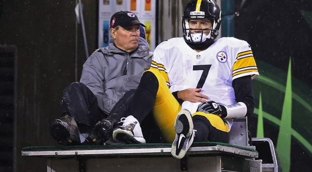 CINCINNATI, OH - JANUARY 09:  Ben Roethlisberger #7 of the Pittsburgh Steelers is carted off the field after being injured in the third quarter against the Cincinnati Bengals during the AFC Wild Card Playoff game at Paul Brown Stadium on January 9, 2016 in Cincinnati, Ohio.  (Photo by Andy Lyons/Getty Images)
