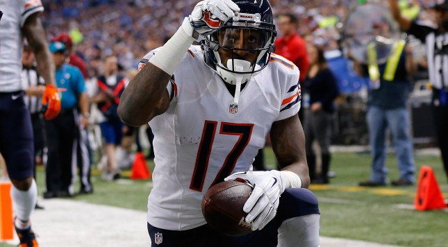 DETROIT, MI - NOVEMBER 27: Alshon Jeffery #17 of the Chicago Bears celebrates a first quarter touchdown against the Detroit Lions at Ford Field on November 27 , 2014 in Detroit, Michigan. (Photo by Leon Halip/Getty Images)