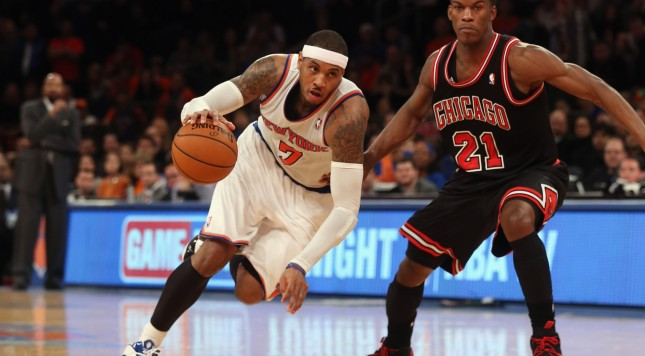 NEW YORK, NY - JANUARY 11:  Carmelo Anthony #7 of the New York Knicks dribbles the ball against the Chicago Bulls at Madison Square Garden on January 11, 2013 in New York City. NOTE TO USER: User expressly acknowledges and agrees that, by downloading and/or using this photograph, user is consenting to the terms and conditions of the Getty Images License Agreement.  (Photo by Bruce Bennett/Getty Images)