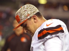 CINCINNATI, OH - NOVEMBER 5:  Johnny Manziel #2 of the Cleveland Browns walks off of the field after being defeated by the Cincinnati Bengals 31-10 at Paul Brown Stadium on November 5, 2015 in Cincinnati, Ohio. (Photo by Andrew Weber/Getty Images)