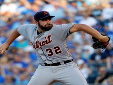 KANSAS CITY, MO - JUNE 17:  Starting pitcher Michael Fulmer #32 of the Detroit Tigers pitches during the 1st inning of the game against the Kansas City Royals at Kauffman Stadium on June 17, 2016 in Kansas City, Missouri.  (Photo by Jamie Squire/Getty Images)