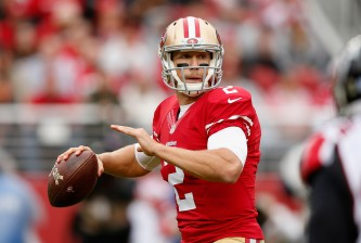 SANTA CLARA, CA - NOVEMBER 08:  Blaine Gabbert #2 of the San Francisco 49ers throws the ball during their game against the Atlanta Falcons at Levi's Stadium on November 8, 2015 in Santa Clara, California.  (Photo by Ezra Shaw/Getty Images)