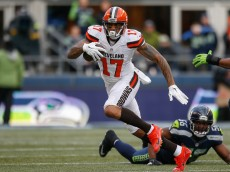 SEATTLE, WA - DECEMBER 20:  Wide receiver Terrelle Pryor #17 of the Cleveland Browns rushes against the Seattle Seahawks at CenturyLink Field on December 20, 2015 in Seattle, Washington. The Seahawks defeated the Browns 30-13.  (Photo by Otto Greule Jr/Getty Images)
