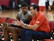 LAS VEGAS, NV - JULY 21:  Paul George (L) #13 of the 2016 USA Basketball Men's National Team talks with head coach Mike Krzyzewski of the 2016 USA Basketball Men's National Team during a practice session at the Mendenhall Center on July 21, 2016 in Las Vegas, Nevada.  (Photo by Ethan Miller/Getty Images)