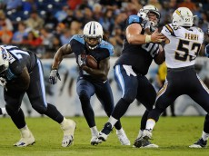 NASHVILLE, TN - AUGUST 13:  Running back Derrick Henry #2 of the Tennessee Titans rushes during the first half against of the San Diego Chargers at Nissan Stadium on August 13, 2016 in Nashville, Tennessee.  (Photo by Frederick Breedon/Getty Images)