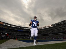 EAST RUTHERFORD, NJ - SEPTEMBER 18:  Weston Richburg #70 of the New York Giants takes the field before playing against the New Orleans Saints at MetLife Stadium on September 18, 2016 in East Rutherford, New Jersey.  (Photo by Al Bello/Getty Images)