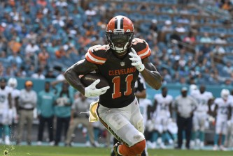 MIAMI GARDENS, FL - SEPTEMBER 25: Terrelle Pryor #11 of the Cleveland Browns rushes for a touchdown in the 4th quarter against the Miami Dolphins on September 25, 2016 in Miami Gardens, Florida. (Photo by Eric Espada/Getty Images)